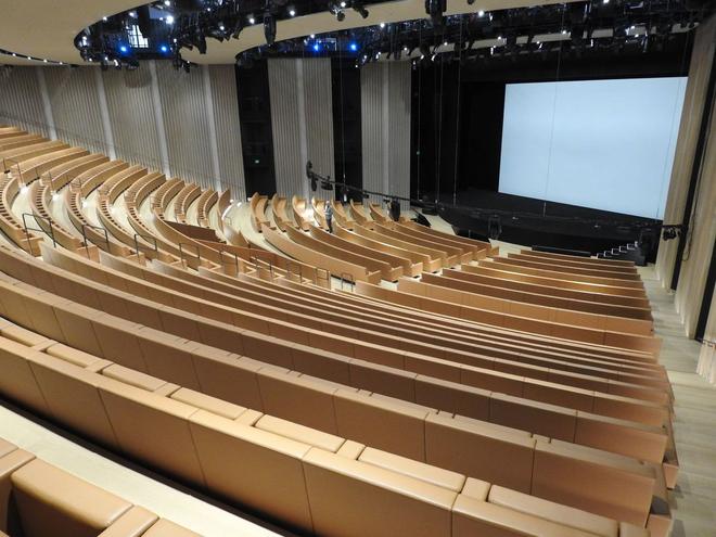 Bên trong Nhà hát Steve Jobs - nơi diễn ra sự kiện Apple - một tuyệt tác như chính chiếc iPhone vậy - Ảnh 10.