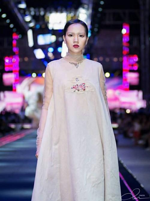 Nhan sắc xinh đẹp của nữ sinh Việt tham gia cuộc thi Hoa khôi các trường Đại Học Thế giới - Ảnh 10.