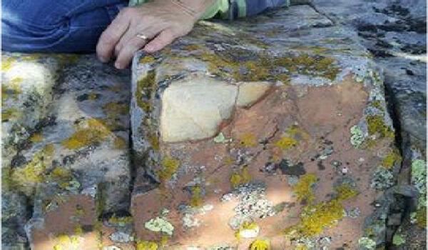 Phát hiện dấu tích kim tự tháp 25.000 năm tuổi, to như núi ở Romania - Ảnh 2.
