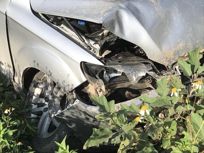 Cẩu xe Audi tiền tỷ từ ruộng rau muống lên sau tai nạn - Ảnh 6.