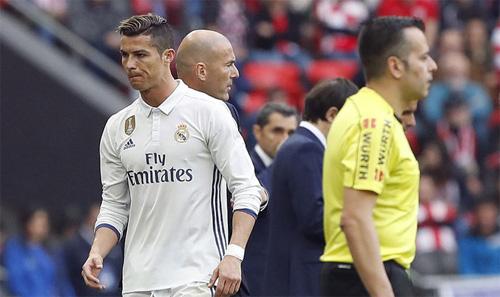 Thói quen đỏng đảnh của Ronaldo sẽ giết chết Real Madrid? - Ảnh 2.