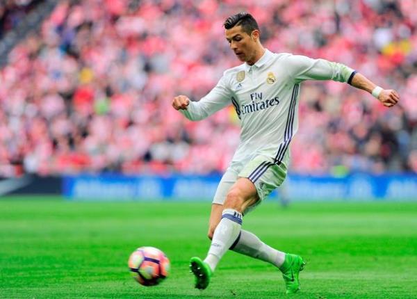 Thói quen đỏng đảnh của Ronaldo sẽ giết chết Real Madrid? - Ảnh 3.