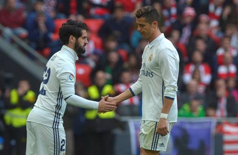 Thói quen đỏng đảnh của Ronaldo sẽ giết chết Real Madrid? - Ảnh 1.