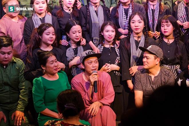Việt Hương: Thầy Minh Nhí dạy cho ai người đó nổi tiếng - Ảnh 2.