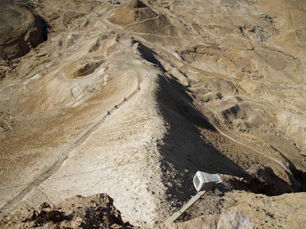 Truy tìm bí mật tại pháo đài bất khả xâm phạm của người Do Thái - ảnh 3