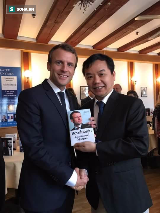 First News có bản quyền xuất bản sách của Tổng thống Pháp Macron - Ảnh 1.