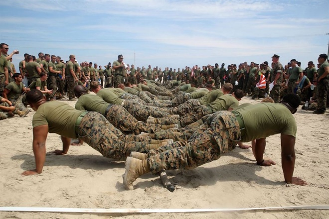 13 bức ảnh tuyệt đẹp về đời sống quân ngũ của lính Mỹ - ảnh 7