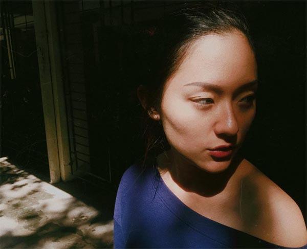 Nhan sắc ngoài đời của người tình Sơn Tùng M-TP trong MV Lạc trôi - Ảnh 11.