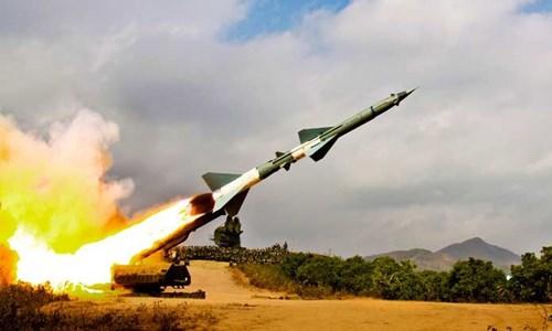 Đêm 26/12, Bộ đội tên lửa Việt Nam đã làm gì khiến Không quân chiến lược Mỹ sợ hãi? - Ảnh 1.
