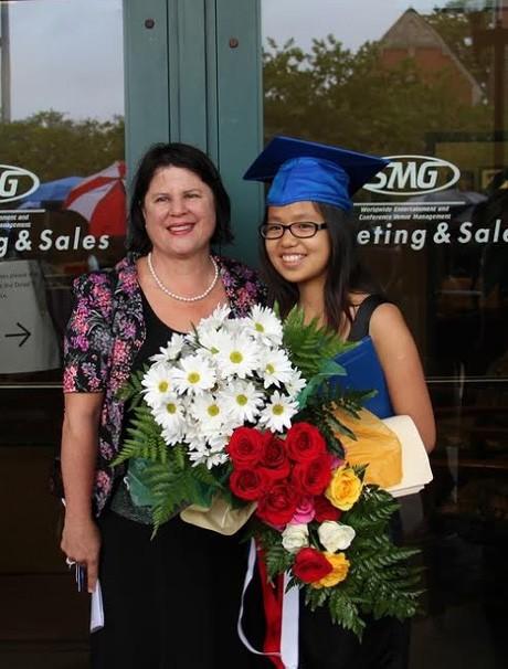 Cô gái Việt được 7 đại học danh tiếng ở Mỹ trao học bổng, nhận 4 bằng khen từ cựu TT Obama - Ảnh 1.