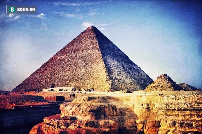 Giả thuyết hoàn toàn mới về phương pháp để xây nên đại kim tự tháp Giza vĩ đại - Ảnh 1.