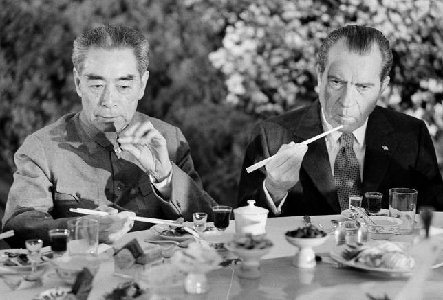 Vì sao trong cách mạng văn hóa, Mao Trạch Đông lại ra sức bảo vệ Chu Ân Lai? - Ảnh 1.