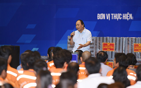 Thủ tướng Nguyễn Xuân Phúc sẽ đối thoại cùng hàng ngàn công nhân miền Trung - Ảnh 1.