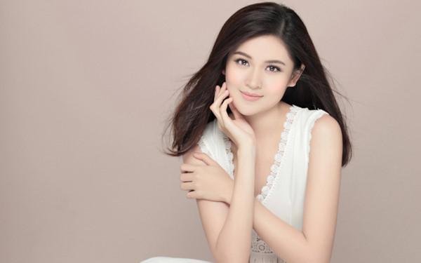 Nếu không đăng quang, công việc của các Hoa hậu Việt Nam là đây! - Ảnh 10.