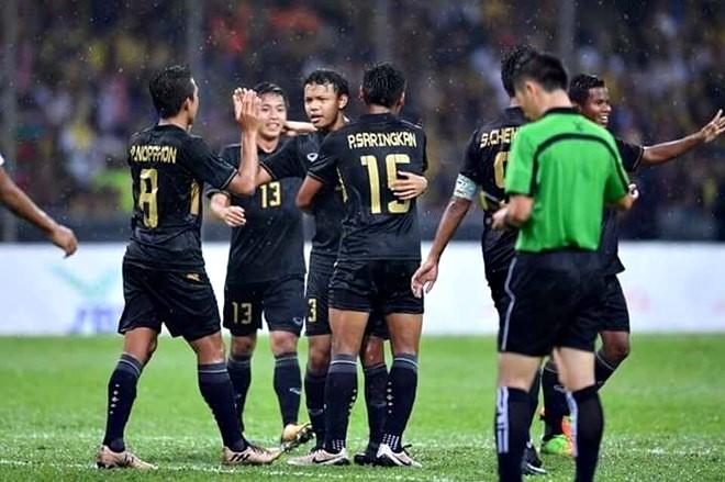"""""""Chán"""" chức vô địch, Thái Lan muốn trao cơ hội lớn cho bóng đá Việt Nam - Ảnh 1."""