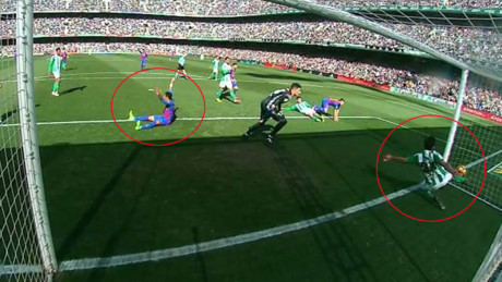 """Cả Real lẫn Barca cùng """"run rẩy"""" vì trọng tài trước siêu kinh điển - Ảnh 2."""