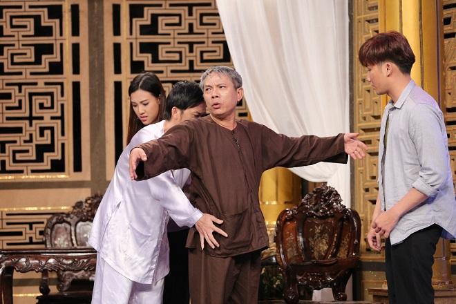 Thầy bôi xấu trò trong showbiz Việt: Thằng này mất dạy, nhỏ mà láu cá - Ảnh 2.