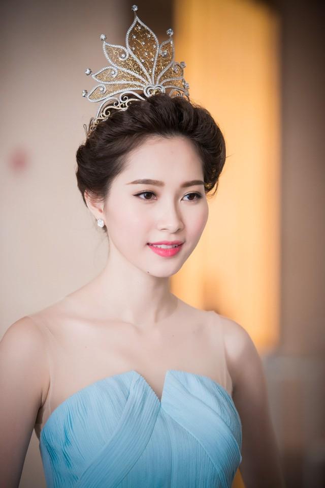 Việt Hùng nói Thu Thảo làm mất giá trị của Hoa hậu: Thưa anh, Thu Thảo rất đàng hoàng và sự giả dối thì khó tồn tại! - Ảnh 2.