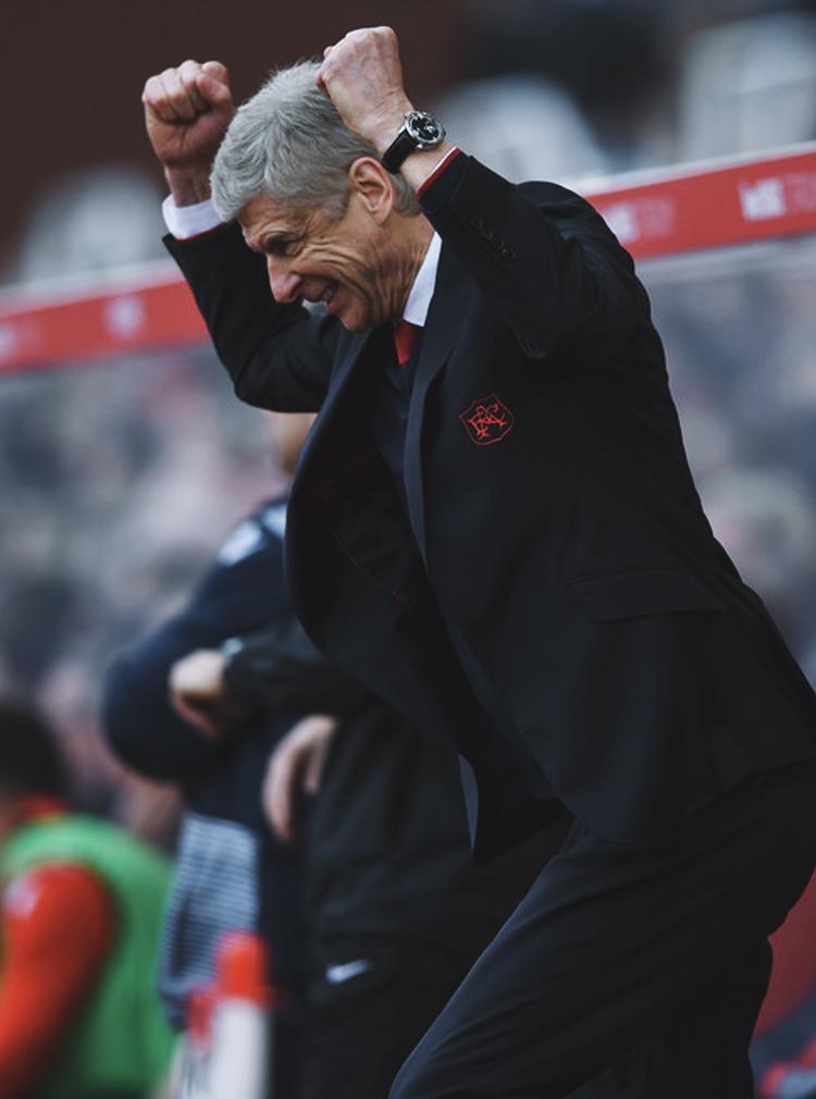 Cặp mắt xanh ngày ấy của Wenger nhấn chìm Arsenal vào kỷ nguyên ăn mày dĩ vãng - Ảnh 12.