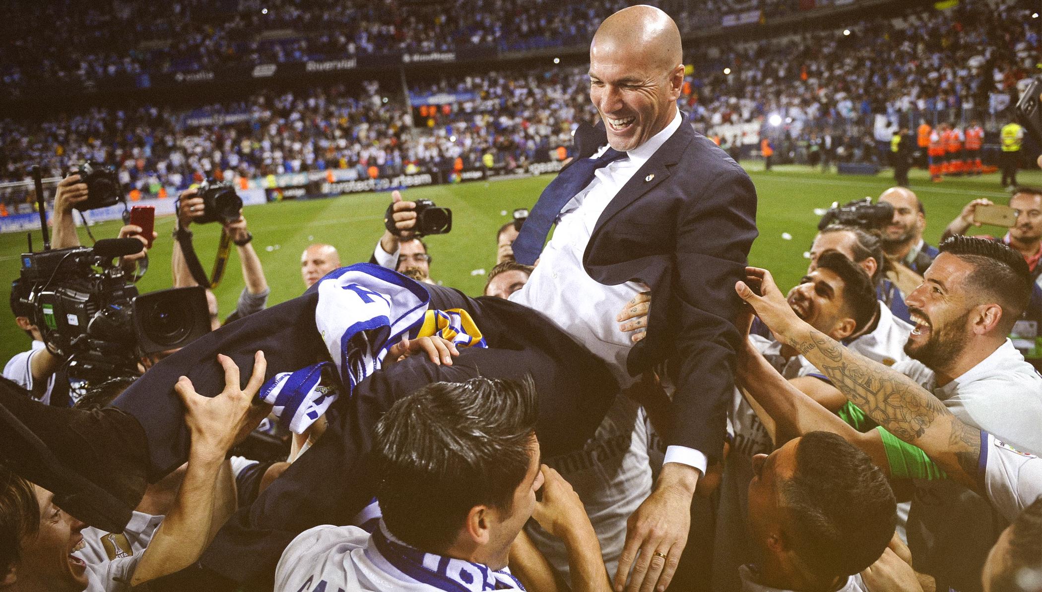 Trong tay Zinedine Zidane, quyền lực trở nên lung linh đến khó cưỡng - Ảnh 9.