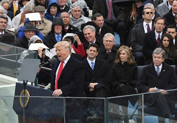 Kết quả hình ảnh cho trump đọc diễn văn nhậm chức