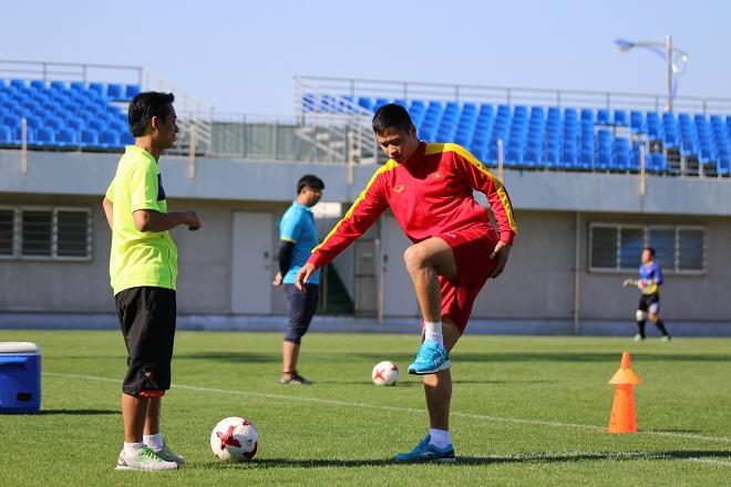 Điều ít biết về sao U20 Việt Nam lỡ cơ hội dự World Cup vào phút cuối - Ảnh 3