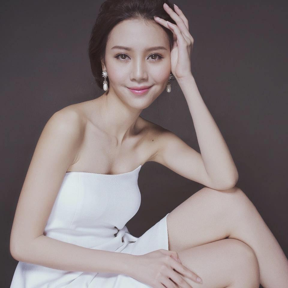 Sao Việt: Lộ diện bạn gái mới của ca sĩ Quang Dũng?