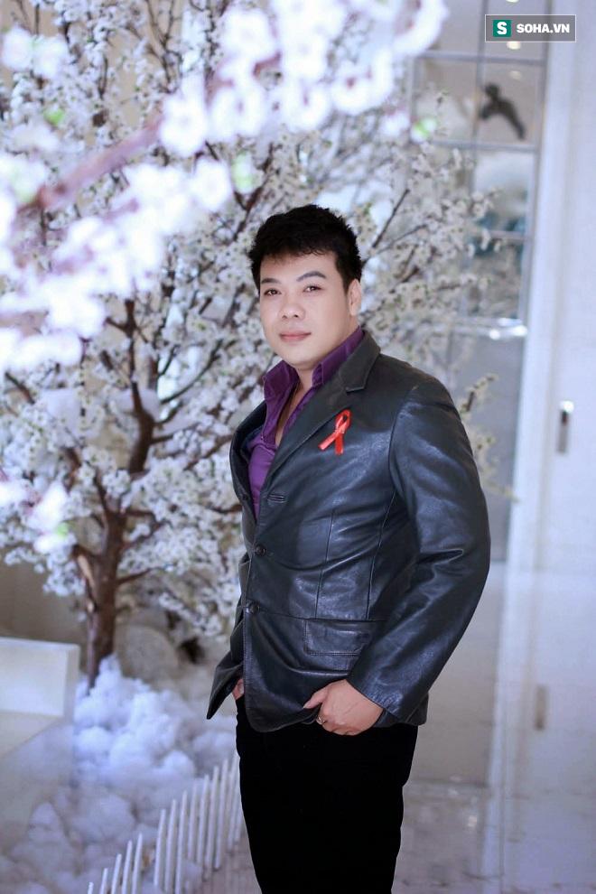 Cuộc đời cơ cực, nhiều biến cố của ca sĩ Vỹ Khang - Ảnh 2.