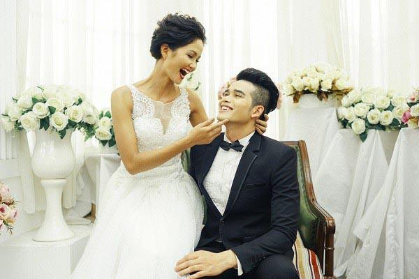 Vay 500 nghìn và nợ 4 triệu đi thi Hoa hậu, H'Hen Niê vẫn làm điều vô cùng xúc động  - Ảnh 1.
