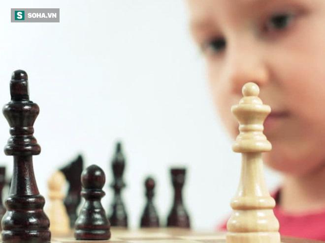 Từ phát hiện ở lớp học đánh cờ, bà mẹ có con nhỏ được chia sẻ 1 thông tin đáng lưu tâm - Ảnh 1.