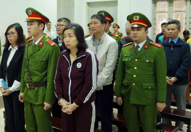 Bị cáo Đinh Mạnh Thắng: 5 tỷ đồng là Hương cảm ơn vì việc hoàn thành hiệu quả cao - Ảnh 1.