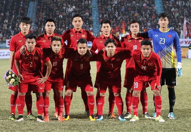 TIN TỐT LÀNH 26/01: Trận chung kết của U23 Việt Nam và chiếc cúp có giá trị gấp triệu lần cúp vàng - Ảnh 2.