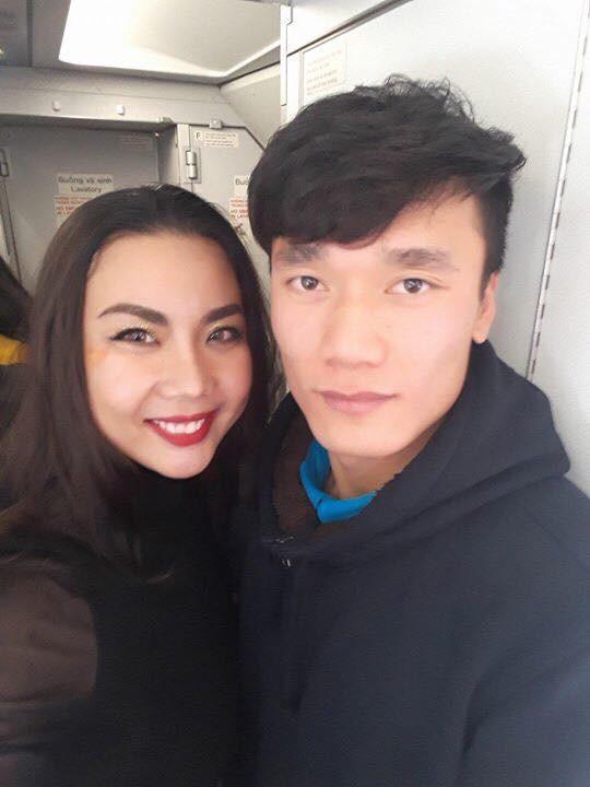Lại Thanh Hương nói gì về việc diện bikini đi đón cầu thủ U23 Việt Nam? - Ảnh 6.