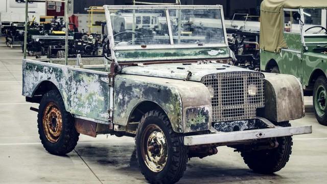 Land Rover sẽ phục chế chiếc xe kinh điển đầu tiên của hãng  - Ảnh 1.