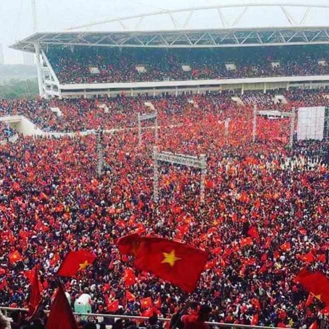 Ca sĩ nhóm nhạc đình đám Big Bang gửi lời chúc mừng đến đội tuyển U23 bằng tiếng Việt - Ảnh 2.