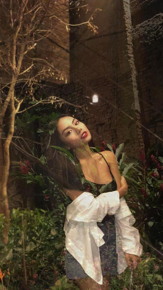 Nữ ca sĩ nóng bỏng mà Thiều Bảo Trang muốn gả cho thủ môn Bùi Tiến Dũng - Ảnh 3.