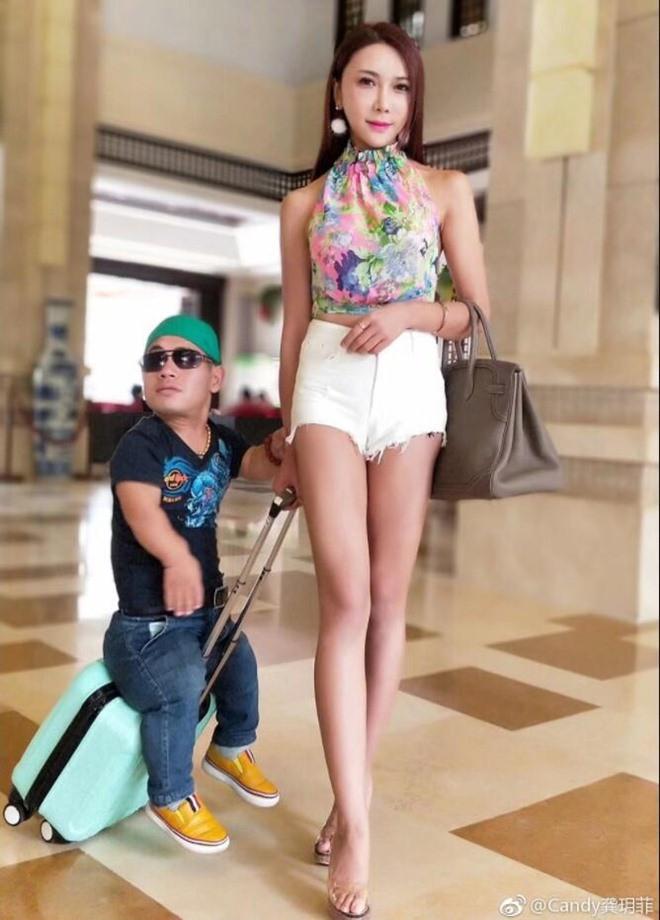 Cung Nguyệt Phi khoe ảnh tắm biển với bạn trai cao 1m - Ảnh 5.
