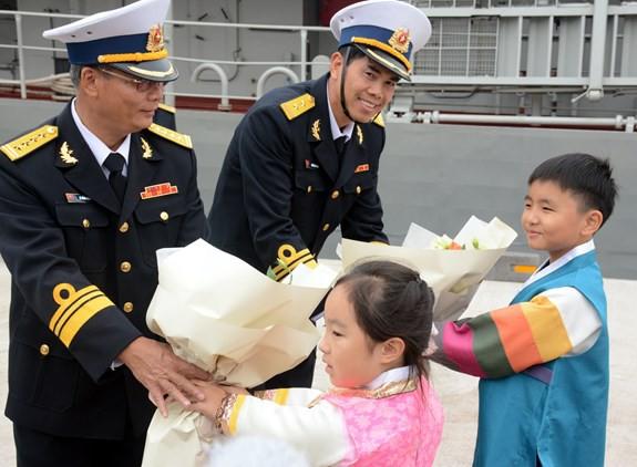 Tàu 015-Trần Hưng Đạo tham dự duyệt binh tàu quốc tế tại Jeju, Hàn Quốc - ảnh 6