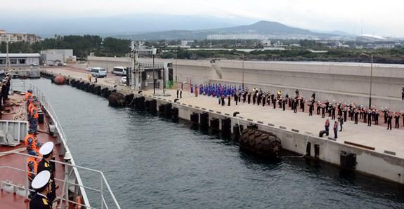 Tàu 015-Trần Hưng Đạo tham dự duyệt binh tàu quốc tế tại Jeju, Hàn Quốc - ảnh 3