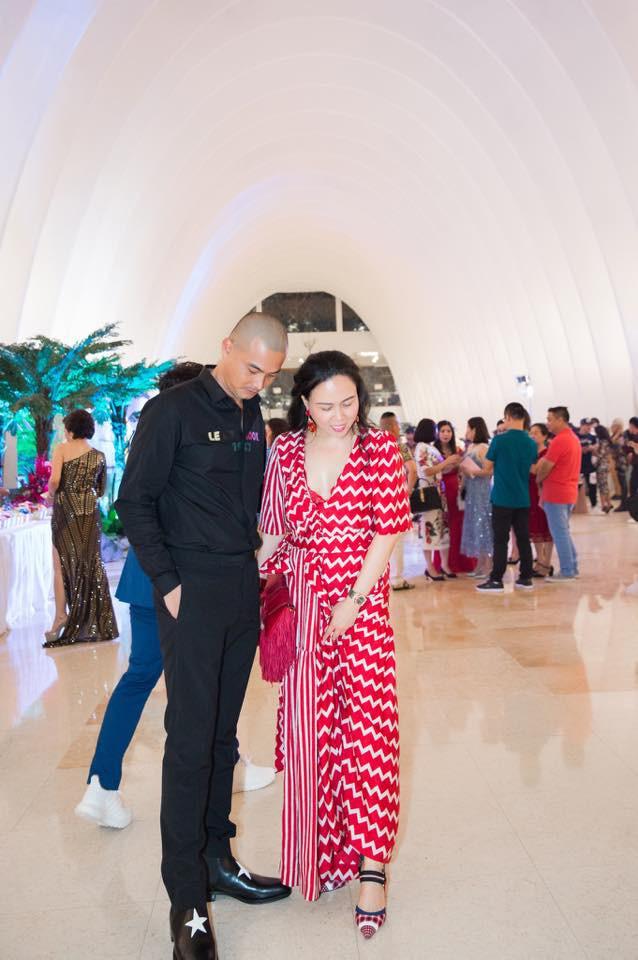 Cuộc sống của Quách Ngọc Ngoan bên vợ đại gia sau những ồn ào từ vụ ly hôn với Lê Phương - Ảnh 1.