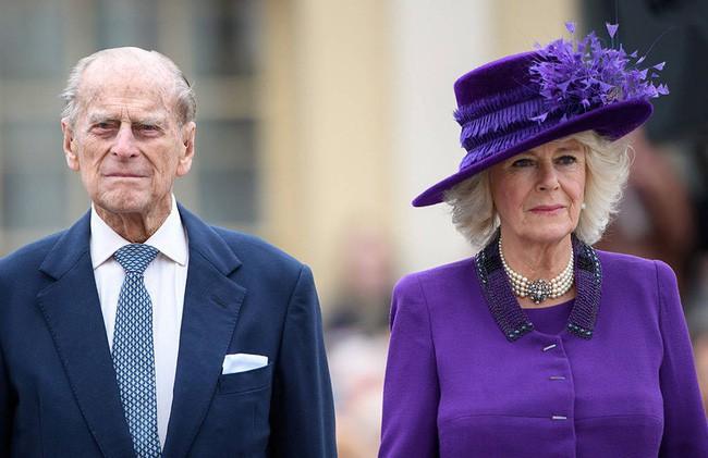 Mối quan hệ đặc biệt giữa Công nương Kate với thành viên quyền lực nhất nhì Hoàng gia Anh này khiến bà Camilla vừa ngưỡng mộ vừa ghen tị - Ảnh 1.