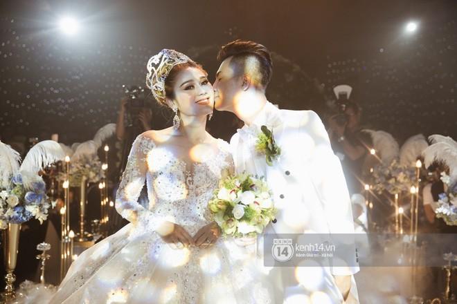 Lâm Khánh Chi chia sẻ về đám cưới bị lỗ mà ai cũng cười: 650 người nghĩ sao đi có 350 bao thư vậy trời - Ảnh 3.