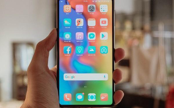 Lý do Bphone 3 không xuất hiện trên hệ thống Thế Giới Di Động như trước đây: Nhân viên bán hàng toàn hướng người dùng đến sản phẩm của Apple, Samsung hay Xiaomi - Ảnh 1.