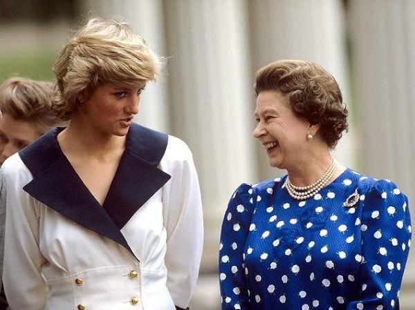 Sự thật về mối quan hệ mẹ chồng nàng dâu của Diana và điều Công nương đã làm thay đổi định kiến hoàng gia - Ảnh 2.