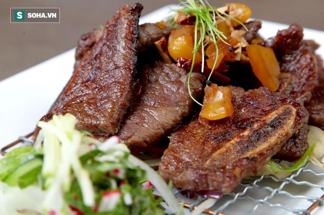 Ăn một ít thịt bò rất tốt: Nhưng nếu ăn quá số lượng này sẽ có nguy cơ mắc 2 bệnh ung thư - Ảnh 1.