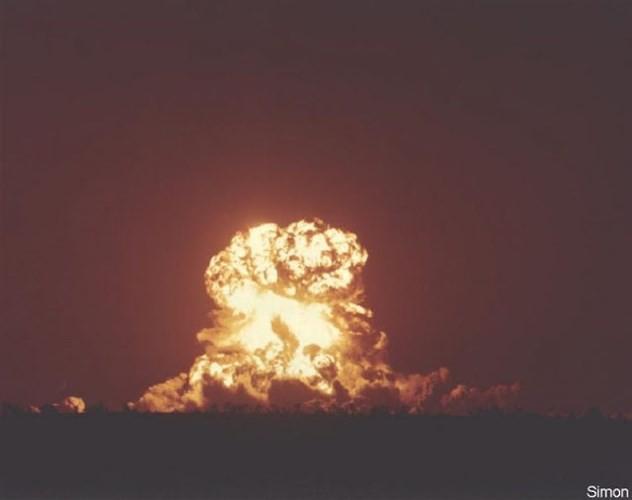 Ảnh màu hiếm về các vụ thử hạt nhân chấn động của Mỹ giữa thế kỷ 20 - Ảnh 17.