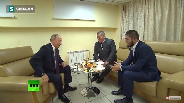 """Tiếp đón trọng thị, Tổng thống Putin còn nói điều bất ngờ về vụ Khabib """"tẩn"""" McGregor - Ảnh 1."""
