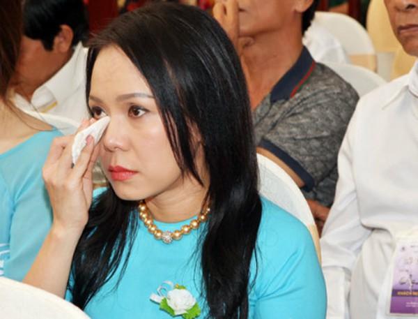 3 sao Việt tự phạt bản thân gây xôn xao dư luận - Ảnh 4.