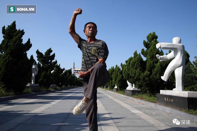 Cháu Hoắc Nguyên Giáp dùng Mê Tung Quyền làm võ sĩ nặng hơn 100kg đo ván trong 40 giây 5