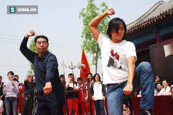 Cháu Hoắc Nguyên Giáp dùng Mê Tung Quyền làm võ sĩ nặng hơn 100kg đo ván trong 40 giây 7